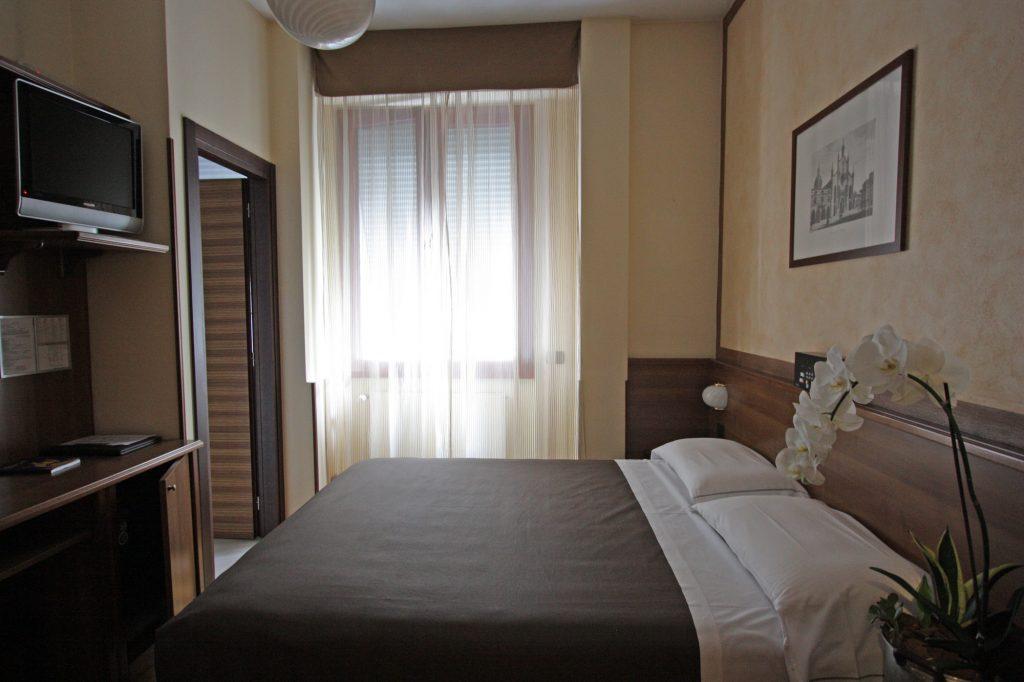 Camera Matrimoniale Per Uso Singolo.Camere A Como Doppia Uso Singola Park Hotel Meuble Como
